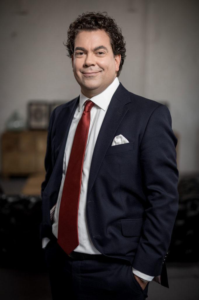 Dr. Ron Baer